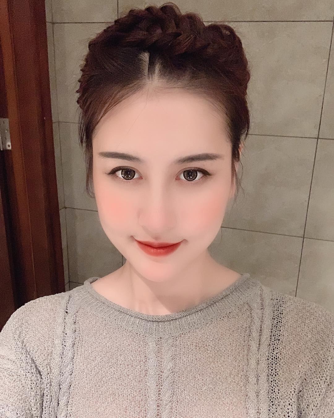 Hà Lade lần đầu chia sẻ về bạn trai mới: Người chả thèm chê mình xấu khi vừa làm đủ trò phẫu thuật bên Hàn Quốc-2