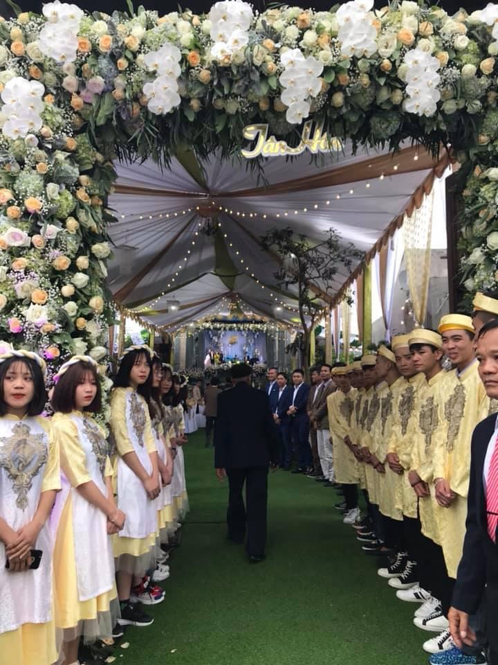 Lâu đài của đại gia Nam Định có con gái đeo vàng trĩu cổ ngày cưới-13