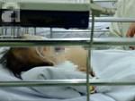 TP.HCM: Thương vợ bỏng nặng, chồng đau đớn đòi bán thận lo tiền cứu vợ-4