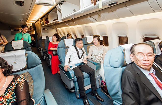 Cô dâu Nam Định được bố tặng 200 cây vàng: Chị gái từng được đón dâu bằng máy bay-3
