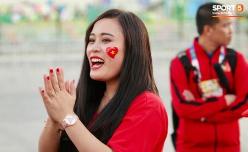 Việt Nam vs Yemen: Công Phượng, Xuân Trường đá chính, Văn Hậu chơi trung vệ-19