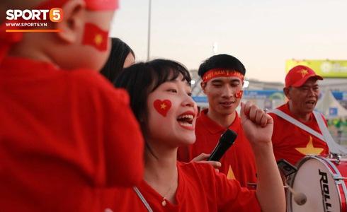 Việt Nam vs Yemen: Công Phượng, Xuân Trường đá chính, Văn Hậu chơi trung vệ-13