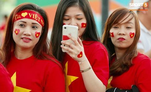 Việt Nam vs Yemen: Công Phượng, Xuân Trường đá chính, Văn Hậu chơi trung vệ-16