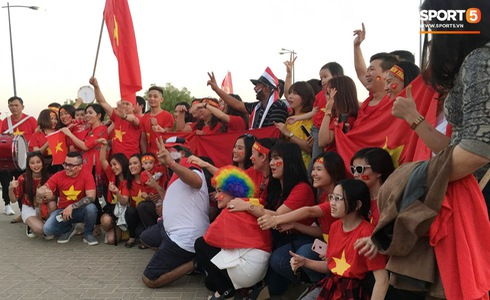 Việt Nam vs Yemen: Công Phượng, Xuân Trường đá chính, Văn Hậu chơi trung vệ-25