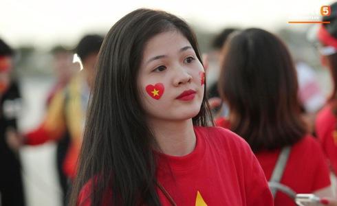 Việt Nam vs Yemen: Công Phượng, Xuân Trường đá chính, Văn Hậu chơi trung vệ-34