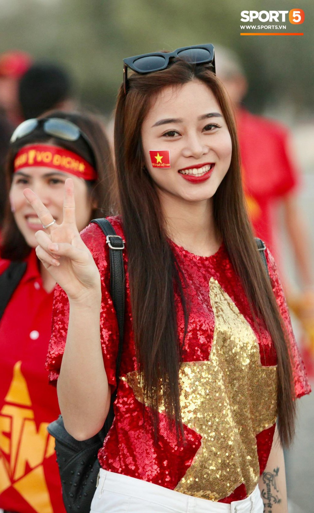 Cổ động viên Sài Gòn tiếp lửa cho đội tuyển Việt Nam lúc nửa đêm-2