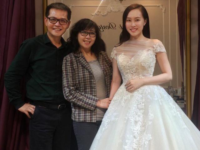 NSND Trung Hiếu khoe ảnh cưới trẻ trung dù đã U50 cùng vợ kém gần 20 tuổi-8