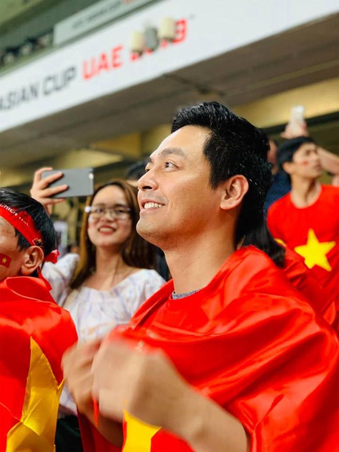 VN hạ Yemen 2-0: Sao Việt chưa vui với Văn Lâm, Quang Hải vì lý do này-4