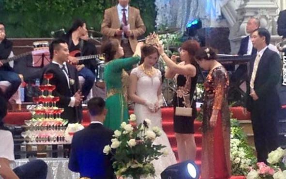 Đám cưới tại lâu đài trăm tỷ, rước dâu bằng Rolls-Royce và máy bay: Nam Định xứng đáng đứng đầu về độ chịu chơi tổ chức đám cưới-10