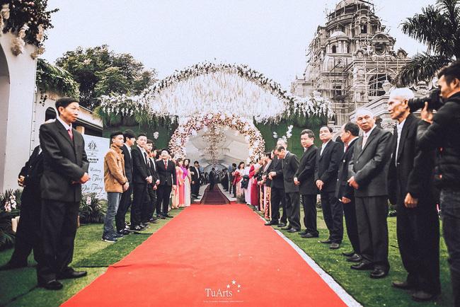 Đám cưới tại lâu đài trăm tỷ, rước dâu bằng Rolls-Royce và máy bay: Nam Định xứng đáng đứng đầu về độ chịu chơi tổ chức đám cưới-17