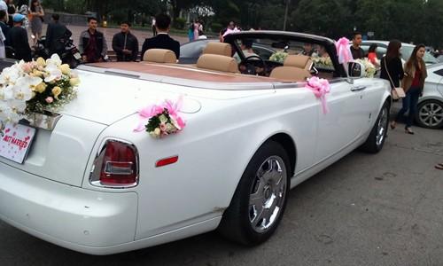Đám cưới tại lâu đài trăm tỷ, rước dâu bằng Rolls-Royce và máy bay: Nam Định xứng đáng đứng đầu về độ chịu chơi tổ chức đám cưới-32