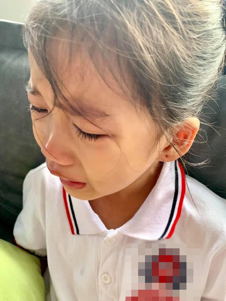 Con gái khóc không muốn đi học, mẹ Ốc Thanh Vân lại cho phép lười biếng tí chả sao và cái kết bất ngờ-1