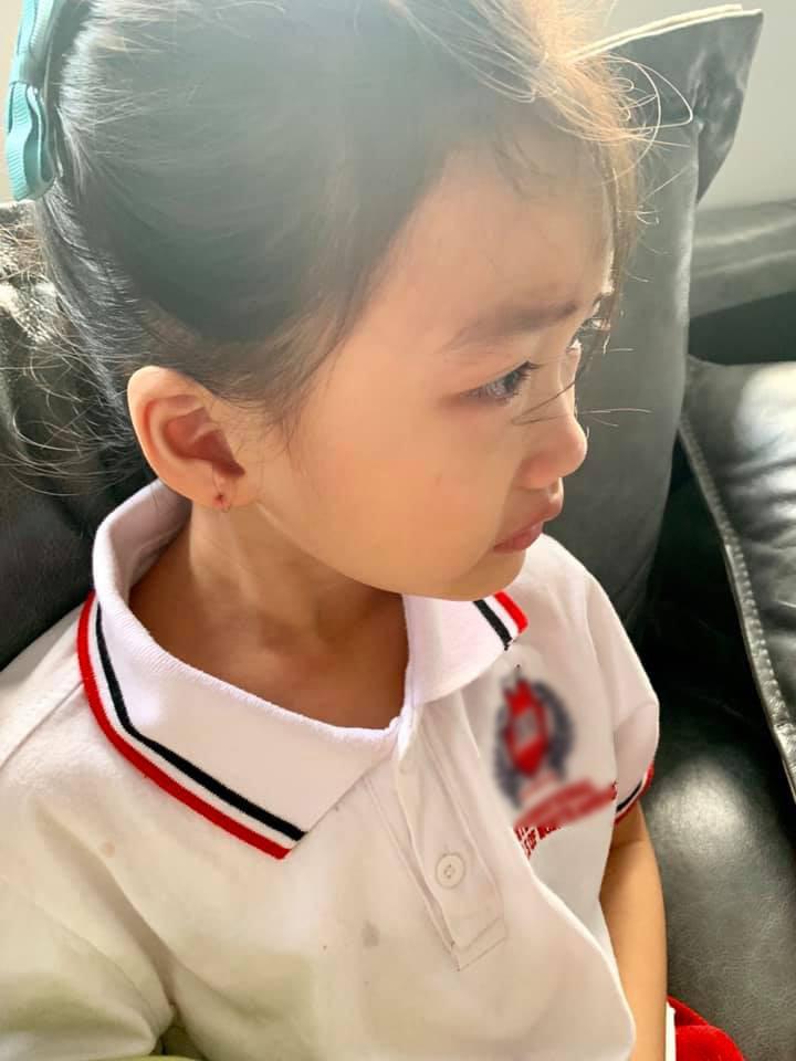 Con gái khóc không muốn đi học, mẹ Ốc Thanh Vân lại cho phép lười biếng tí chả sao và cái kết bất ngờ-2
