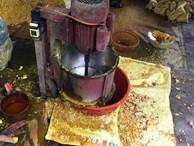 Phát hiện cơ sở trộn lưu huỳnh vào riềng xay sẵn, chuyên gia cảnh báo nguy hại của thực phẩm chứa lưu huỳnh
