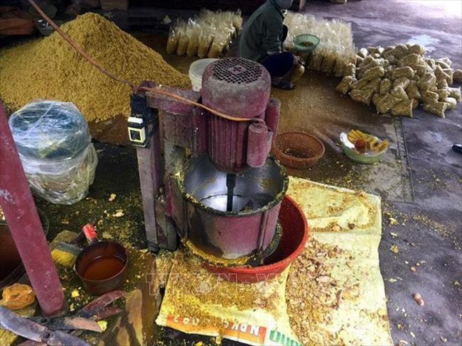 Phát hiện cơ sở trộn lưu huỳnh vào riềng xay sẵn, chuyên gia cảnh báo nguy hại của thực phẩm chứa lưu huỳnh-1