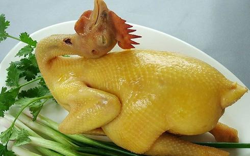 Mách mẹ mẹo luộc gà, vịt làm cỗ Tết da vàng bóng, thơm ngon hết sạch mùi hôi-3