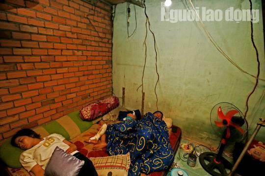 Cha mẹ chết dưới bánh xe container, con cái ra rừng, ra rẫy ngủ-8