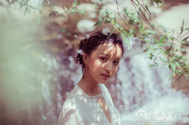 Tộc người nhiều gái đẹp nhất, sản sinh toàn quốc sắc thiên hương ở Trung Quốc-7