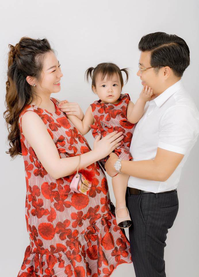 Đám cưới tiền tỷ rúng động Nam Định 2016 kết thúc: Cô dâu ở nhà, 2 năm chăm 3 con-3
