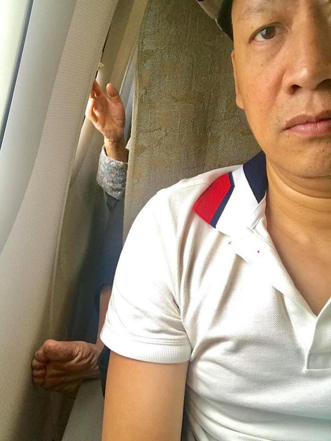 Chê người khác đi máy bay mà tay chân bẩn, ca sĩ Duy Mạnh lại châm ngòi tranh cãi quyết liệt trên MXH-1