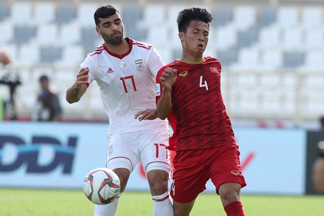 Lối chơi phòng ngự của tuyển Việt Nam bị chê thiếu hiệu quả-2
