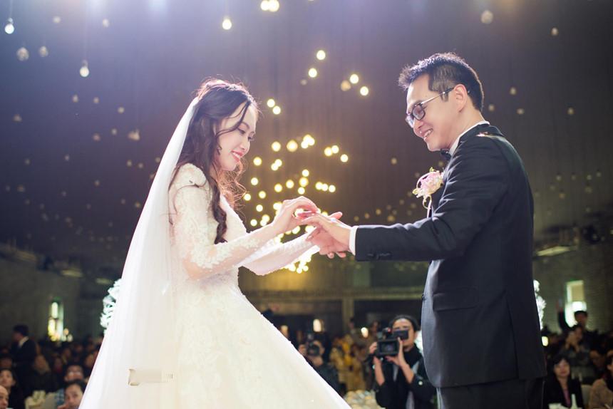 Lễ cưới lãng mạn của NSND Trung Hiếu và cô dâu 9X ở Sơn La-10