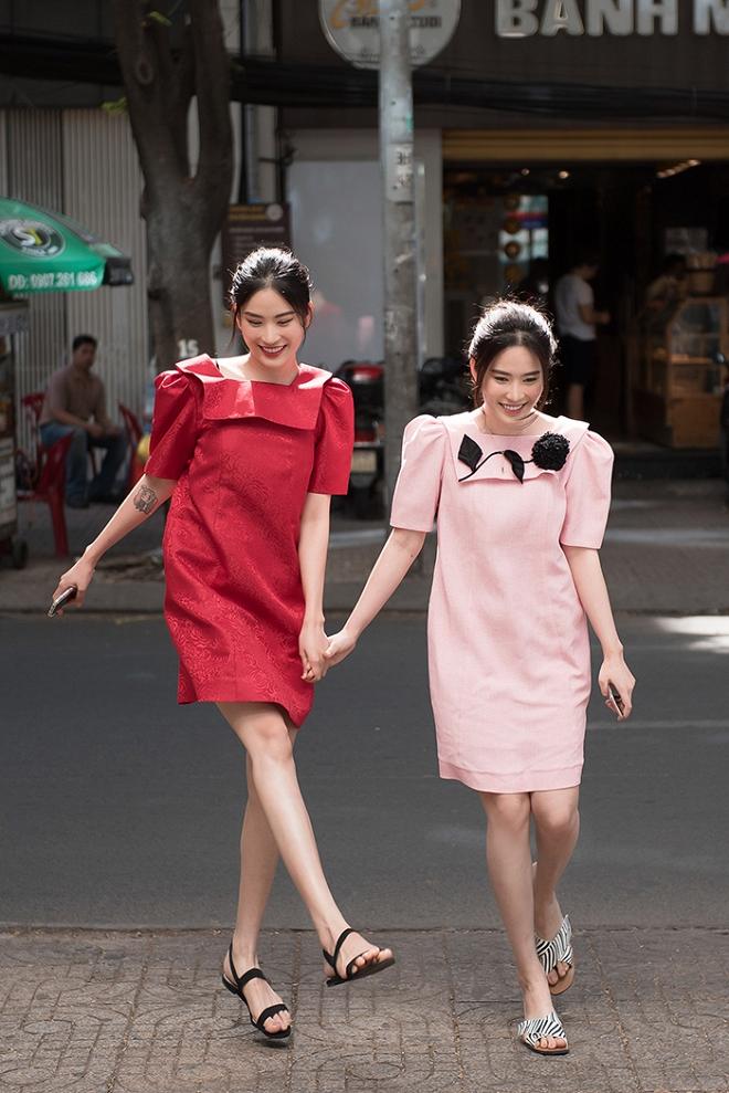 Chị em Nam Anh - Nam Em nắm chặt tay tung tăng xuống phố-3