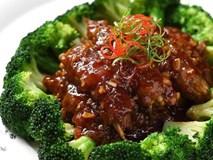 Thử ngay món bò cuộn nấm mới toanh cho bữa tiệc cuối năm thêm viên mãn