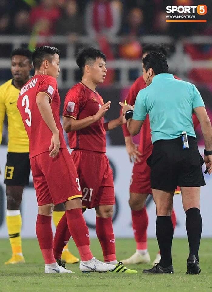 Nóng: Trọng tài cực gắt, từng rút mưa thẻ tại chung kết lượt về AFF Cup 2018, cầm còi trận Việt Nam - Jordan-1