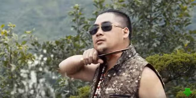 Khán giả bức xúc với phim Tết của Quang Tèo, Chiến Thắng thô tục, hở hang giống phim khiêu dâm-9