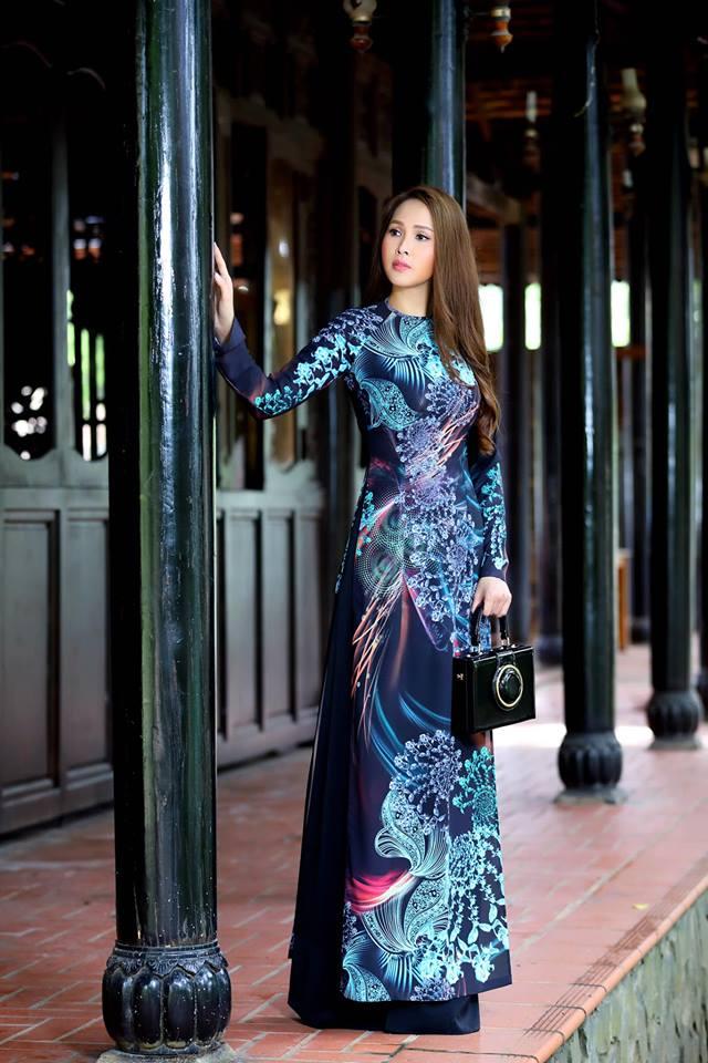 Gái nhảy Minh Thư khoe đường cong quyến rũ qua tà áo dài-2