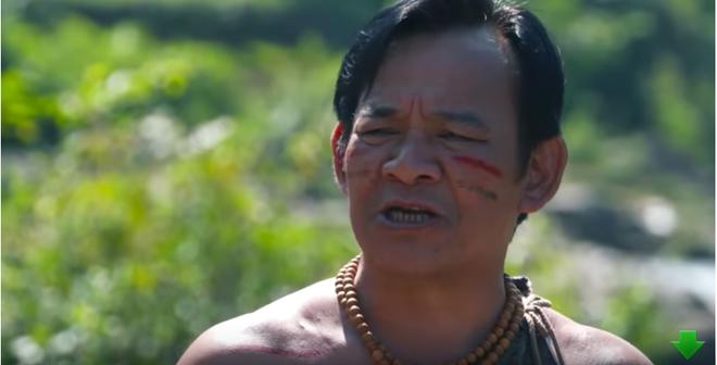 Bị chỉ trích vì đóng phim hài Tết có nhiều cảnh nóng và thô tục, NSƯT Quang Tèo nói gì?-5