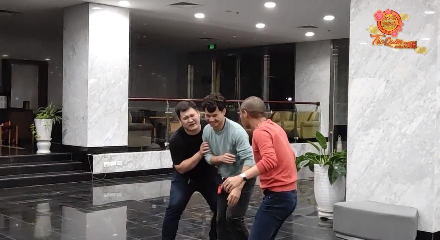 HOT: Lộ clip hậu trường tập luyện cười ra nước mắt của Táo Quân 2019-3