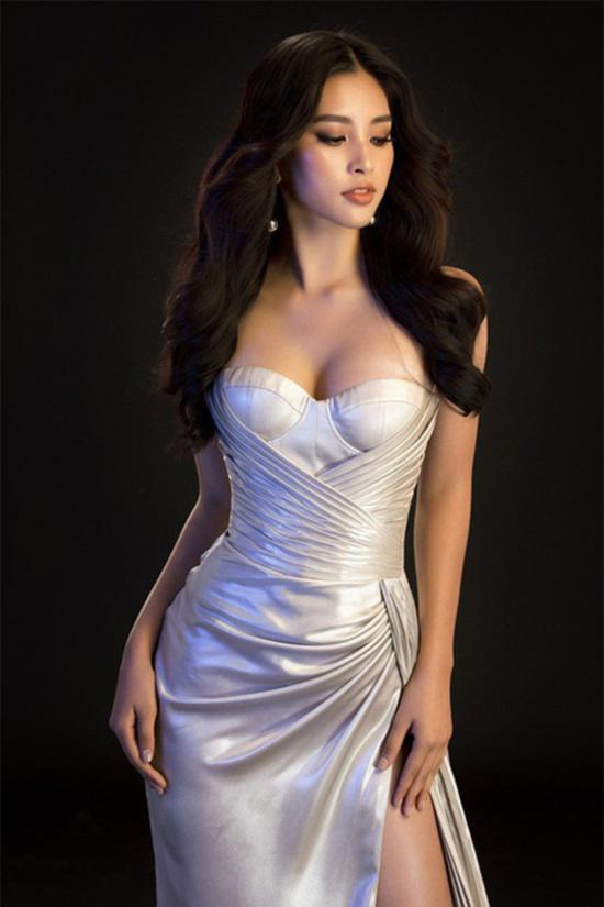 Đăng quang nửa năm, HH Tiểu Vy lộ sở thích độc, lạ: nghiện mặc quần ngắn, váy xẻ ngực và...-9
