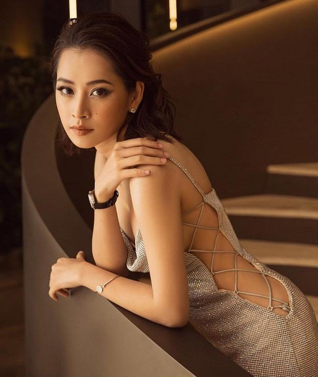 Váy áo rộng cổ, xẻ cao khiến Chi Pu, Mai Phương Thúy... bối rối-3