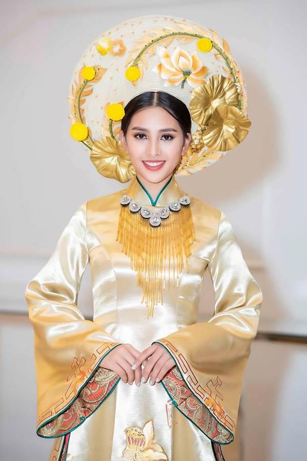 Hoa hậu Tiểu Vy mặc áo dài cung đình, đọ sắc Á hậu Phương Nga-Thuý An-3