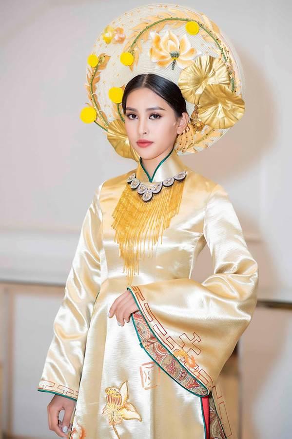 Hoa hậu Tiểu Vy mặc áo dài cung đình, đọ sắc Á hậu Phương Nga-Thuý An-4