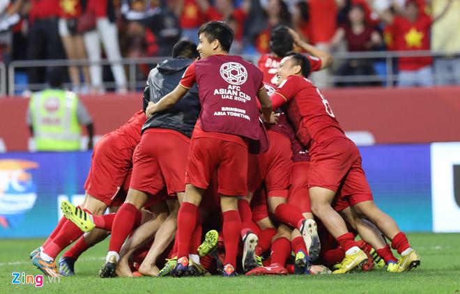 'Vào tứ kết Asian Cup, đây mới là kỳ tích của bóng đá Việt Nam'-1