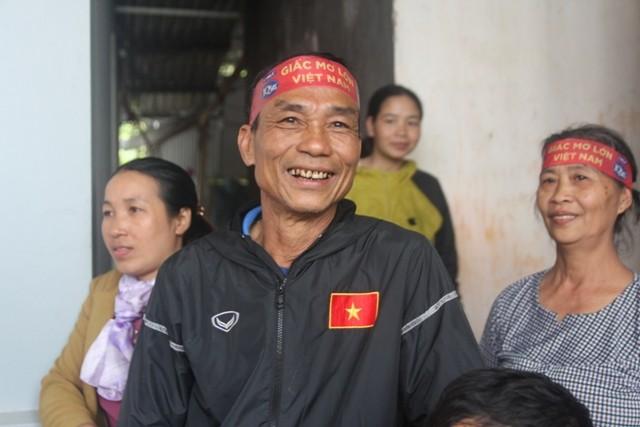 Bố Công Phượng gửi lời chúc mừng sinh nhật con trai sau chiến thắng của ĐT Việt Nam, mong con trở thành người đàn ông bản lĩnh-1