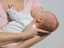 Con gái tôi chào đời thừa 1 ngón tay, chồng liền trợn mắt đay nghiến nhưng mẹ chồng lại gật gù khen được