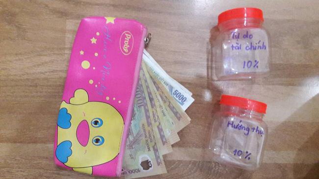 Dạy con làm việc nhà, nhận tiền chia vào các lọ, mẹ 8X dạy con bài học đắt giá về quản lý tài chính-10