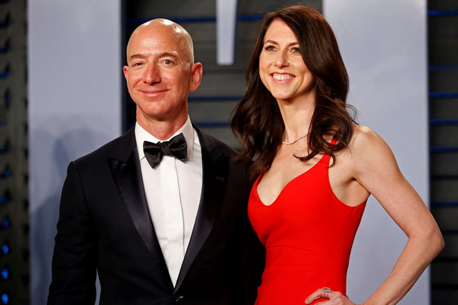 Vì sao vụ ly hôn của Jeff Bezos làm giới đầu tư lo lắng?-1