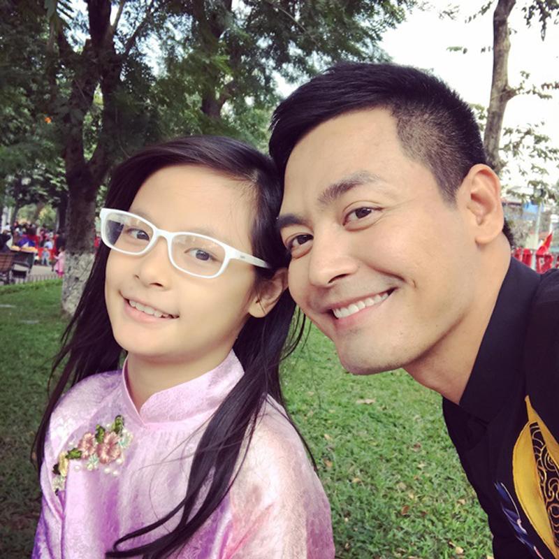 Con gái MC Phan Anh mới thực sự là cực phẩm: Hot face, thần thái chuẩn người mẫu-9