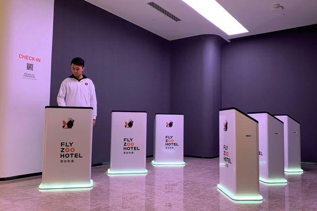 Bên trong khách sạn công nghệ được điều hành bởi robot của Alibaba-3