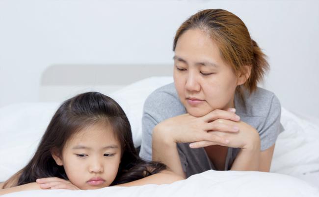 Cha mẹ không cần mất công nghĩ nhiều cách phạt con chỉ cần áp dụng đúng kiểu kỷ luật này trẻ sẽ ngoan ngoãn ngay-1