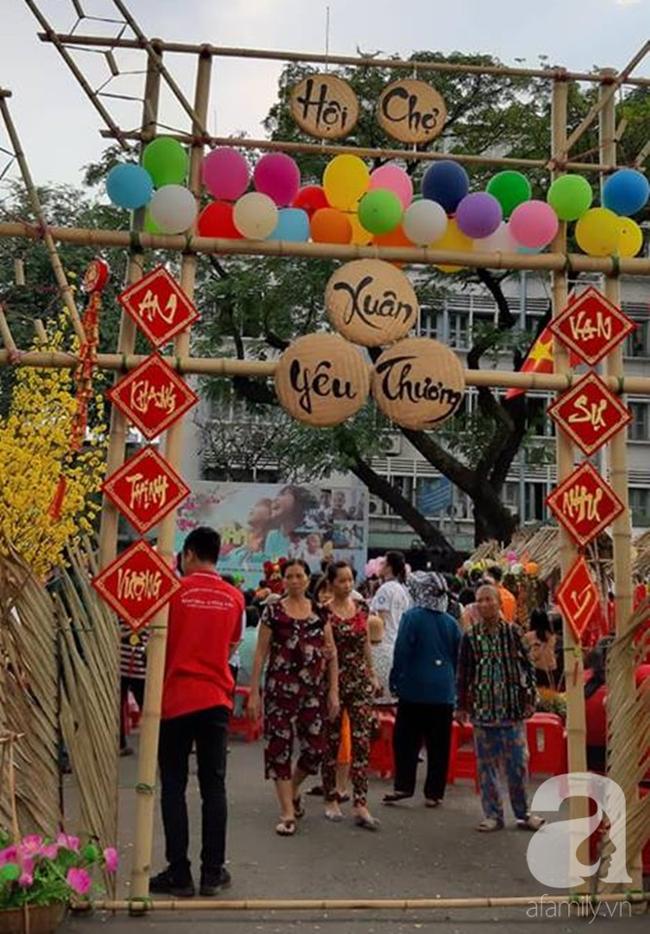 """Những em bé ung thư đi hội chợ, chơi Tết trong… bệnh viện: Con ước cả thế giới không còn bệnh nữa""""-4"""