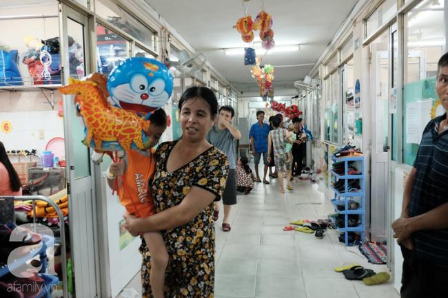 """Những em bé ung thư đi hội chợ, chơi Tết trong… bệnh viện: Con ước cả thế giới không còn bệnh nữa""""-2"""