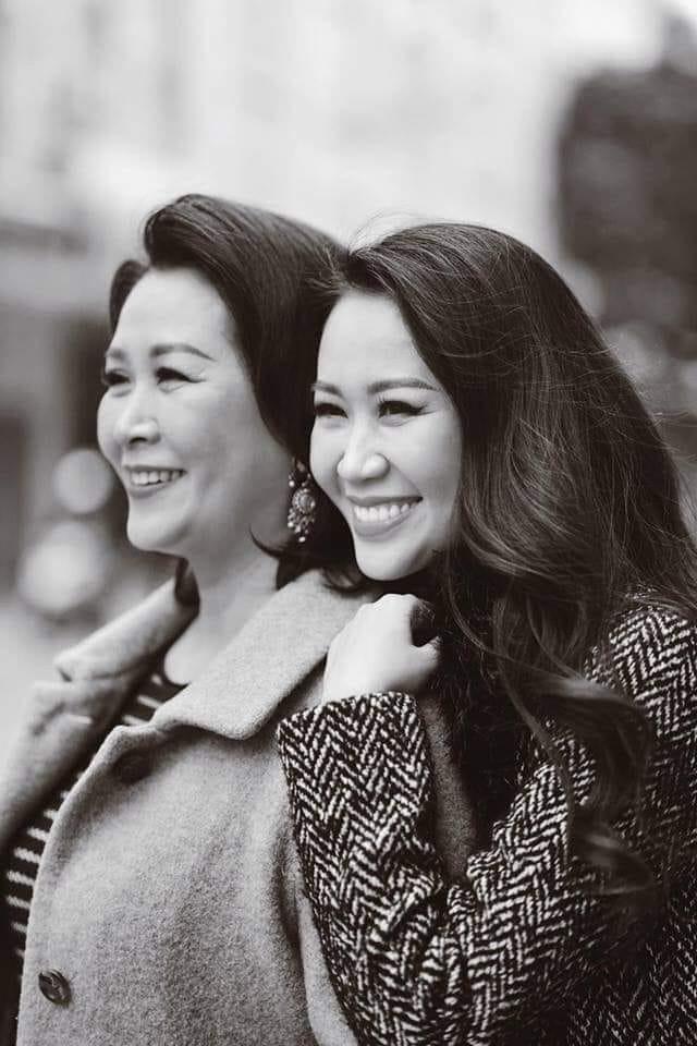 Mang danh mỹ nhân showbiz nhưng Hà Tăng, Tú Anh, Đan Lê, Lê Phương... vẫn bị dìm hàng khi đứng cạnh những người phụ nữ này-8