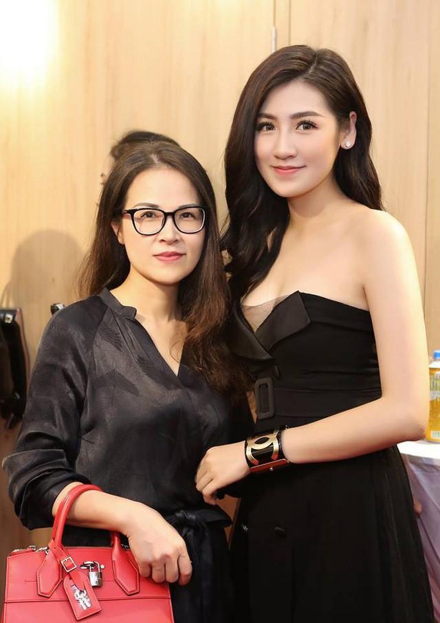 Mang danh mỹ nhân showbiz nhưng Hà Tăng, Tú Anh, Đan Lê, Lê Phương... vẫn bị dìm hàng khi đứng cạnh những người phụ nữ này-16