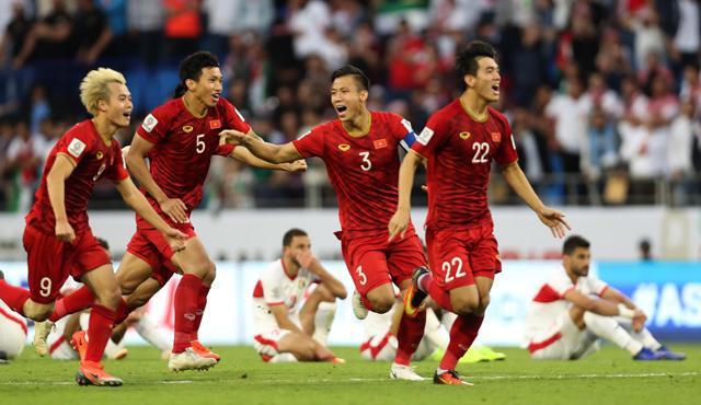 Báo Nhật Bản tỏ thái độ khinh thường tuyển Việt Nam, gọi là đội yếu nhất vòng tứ kết-4